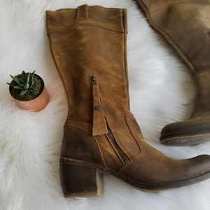 Kickers Distressed Leather Heeled Zip Up boots